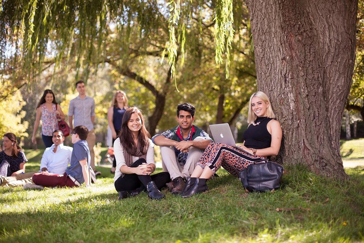 Môi trường học tập quốc tế cởi mở giúp học sinh tự tin phát triển bản thân Study Group