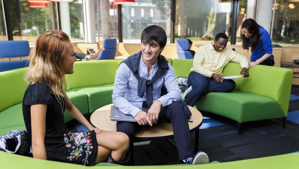 Học bổng du học Úc bậc phổ thông tại Eynesbury áp dụng cho lớp 10 và 11