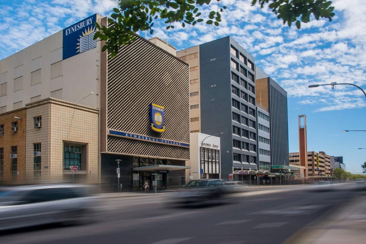 Cơ hội học bổng du học Úc trung học phổ thông đến 50% học phí từ Cao đẳng Eynesbury