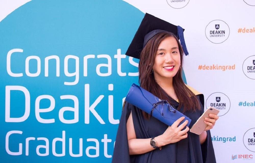 Bạn Phạm Nhật Vy – Sinh viên INEC vừa tốt nghiệp Đại học Deakin trong tháng 12 này