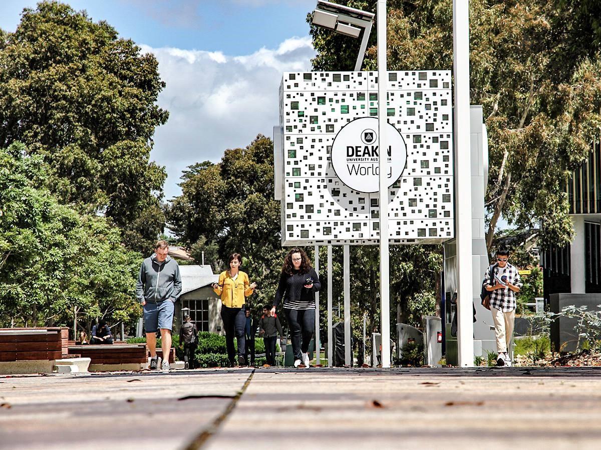 Tư vấn chi phí du học Úc tại Đại học Deakin