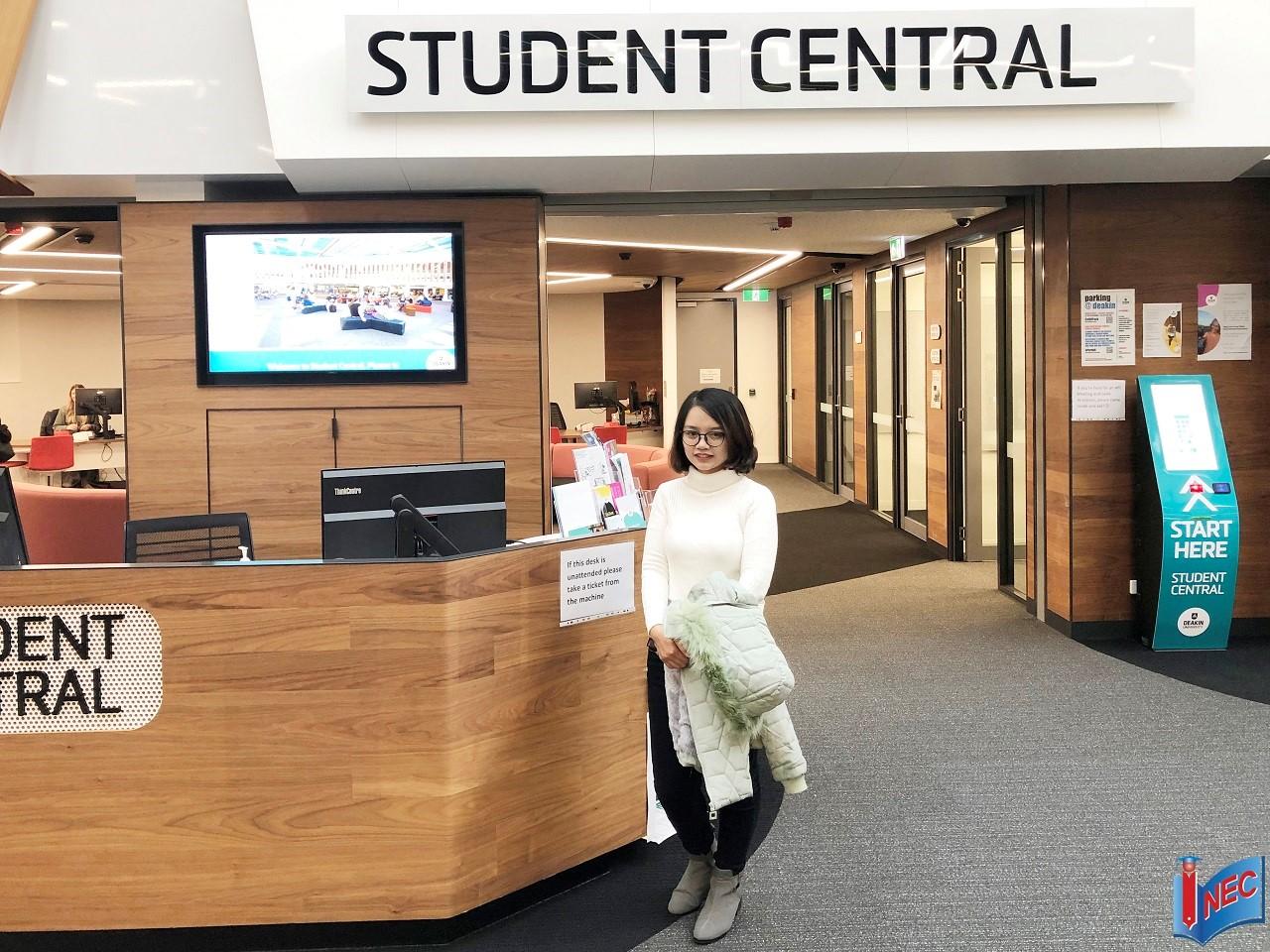 Đại diện Du học INEC trong chuyến thăm trường tại Melbourne và Geelong tháng 8/2019