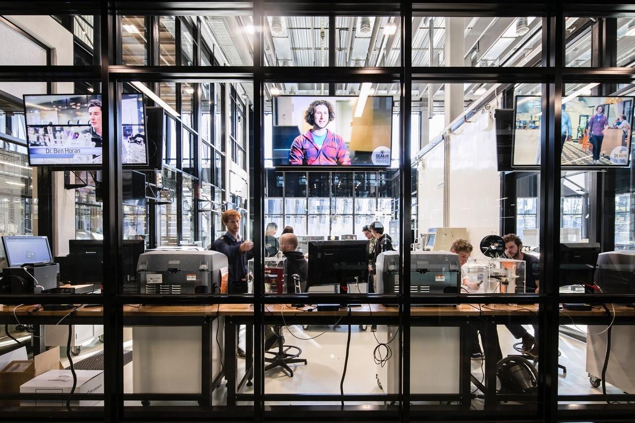 Bên trong Trung tâm CADET dành cho kỹ thuật của Deakin