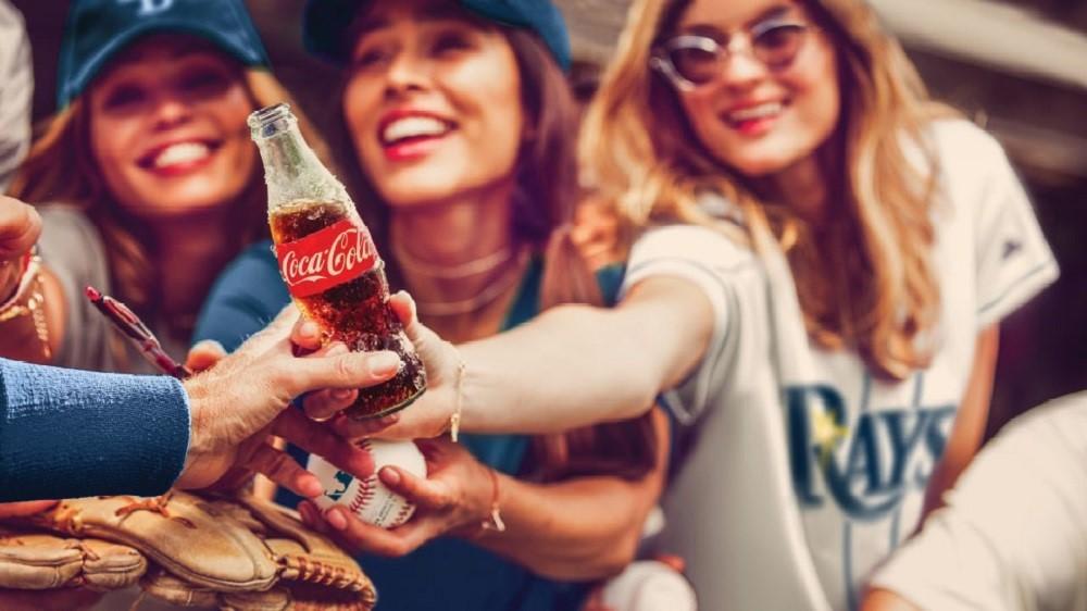 Coca Cola - Bậc thầy của các chiến dịch quảng cáo