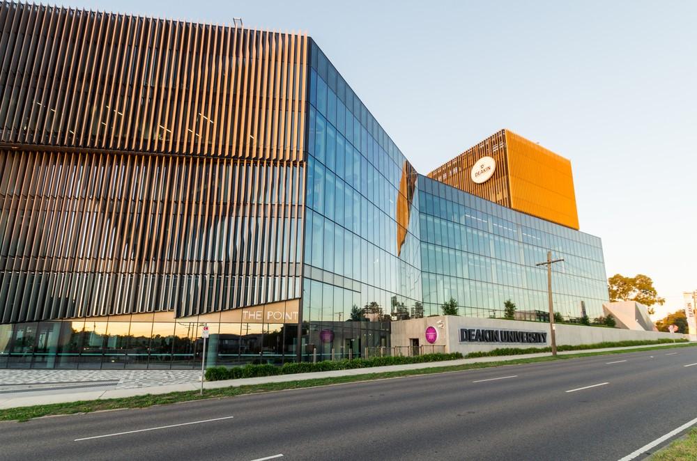 Đại học Deakin hiện đang nằm trong top 300 trường đại học hàng đầu thế giới
