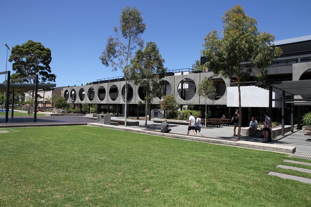 Du học Úc ngành thể thao tại Đại học Deakin - Cơ hội học bằng đôi ngành thể thao chỉ 4 năm