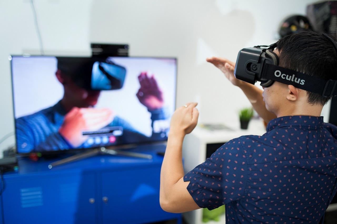 Tiến sĩ Thuong Hoang - chuyên gia thực tế ảo và thực tế tăng cường tại Đại học Deakin, Úc