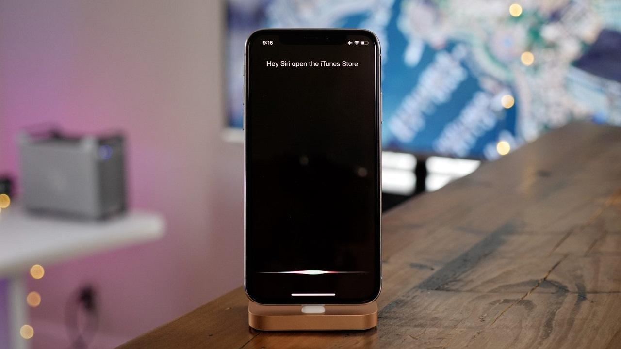 Ứng dụng trợ lý ảo Siri trên Iphone là một ứng dụng điển hình của trí tuệ nhân tạo (AI)