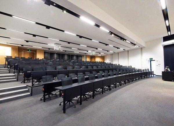 Phòng học rộng lớn, dễ tập trung