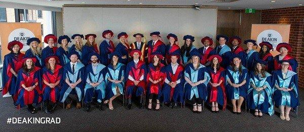 Sinh viên Deakin rạng rỡ ngày tốt nghiệp