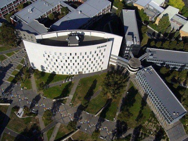 Khuôn viên trường nhìn từ trên cao du học Úc