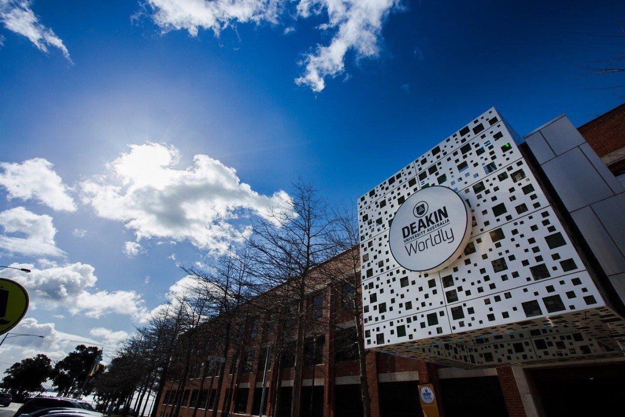 Du học Úc tại Đại học Deakin top 2% thế giới 1