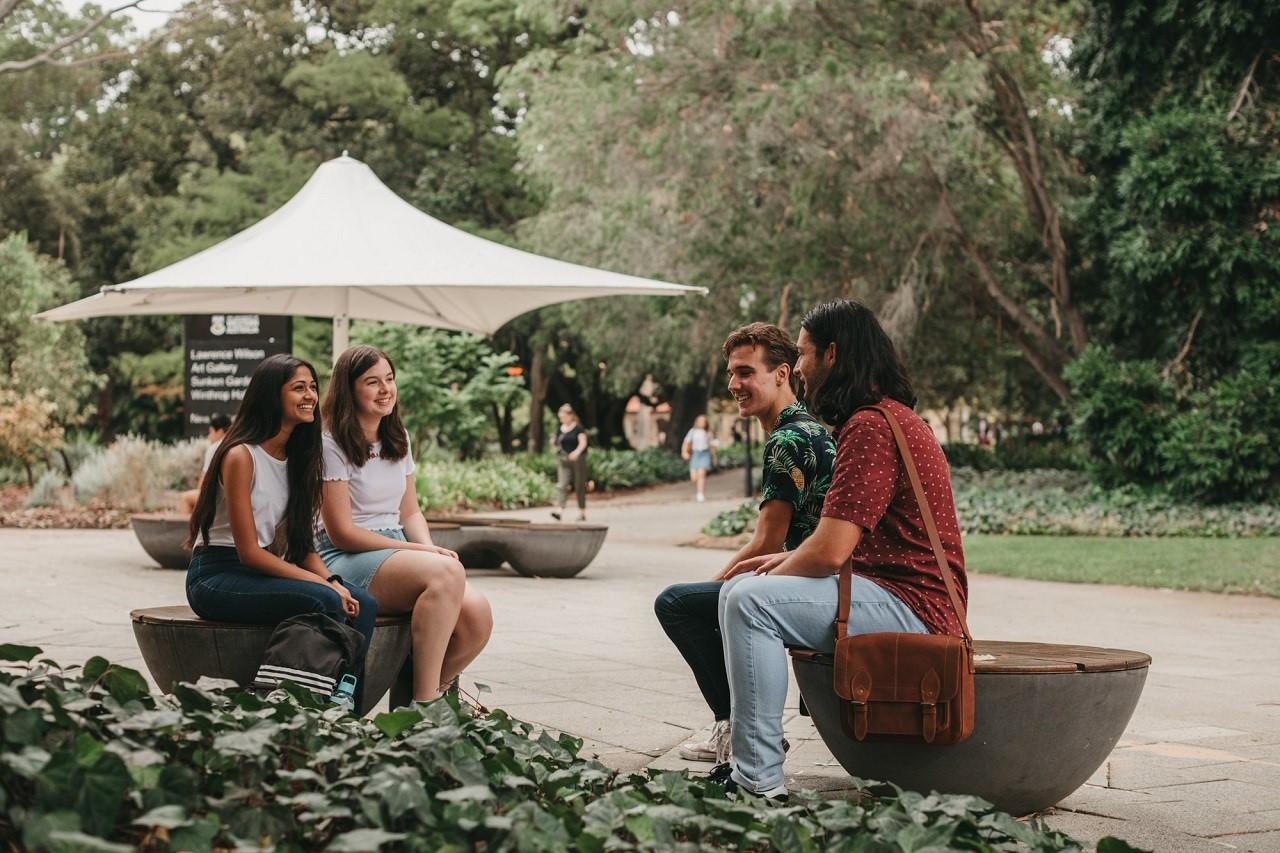 Nhận mức lương cao hơn khi du học tại Đại học Tây Úc