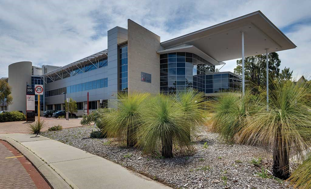 Đại học Murdoch tọa lạc tại Perth với khuôn viên rộng lớn