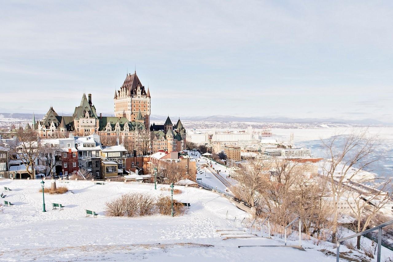 Dù mùa thu Canada rất đẹp nhưng mùa đông lại khá khắc nghiệt