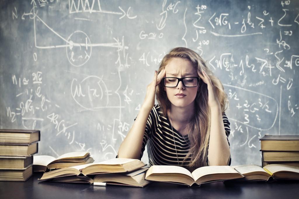 Tự làm hồ sơ du học Úc nghĩa là bạn phải tự mình đối mặt với rất nhiều khó khăn