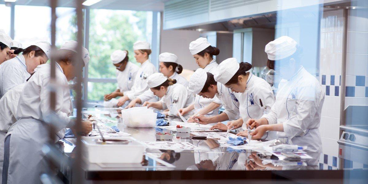 Là cái nôi của những nhân tài ngành ẩm thực – NHKS thế giới