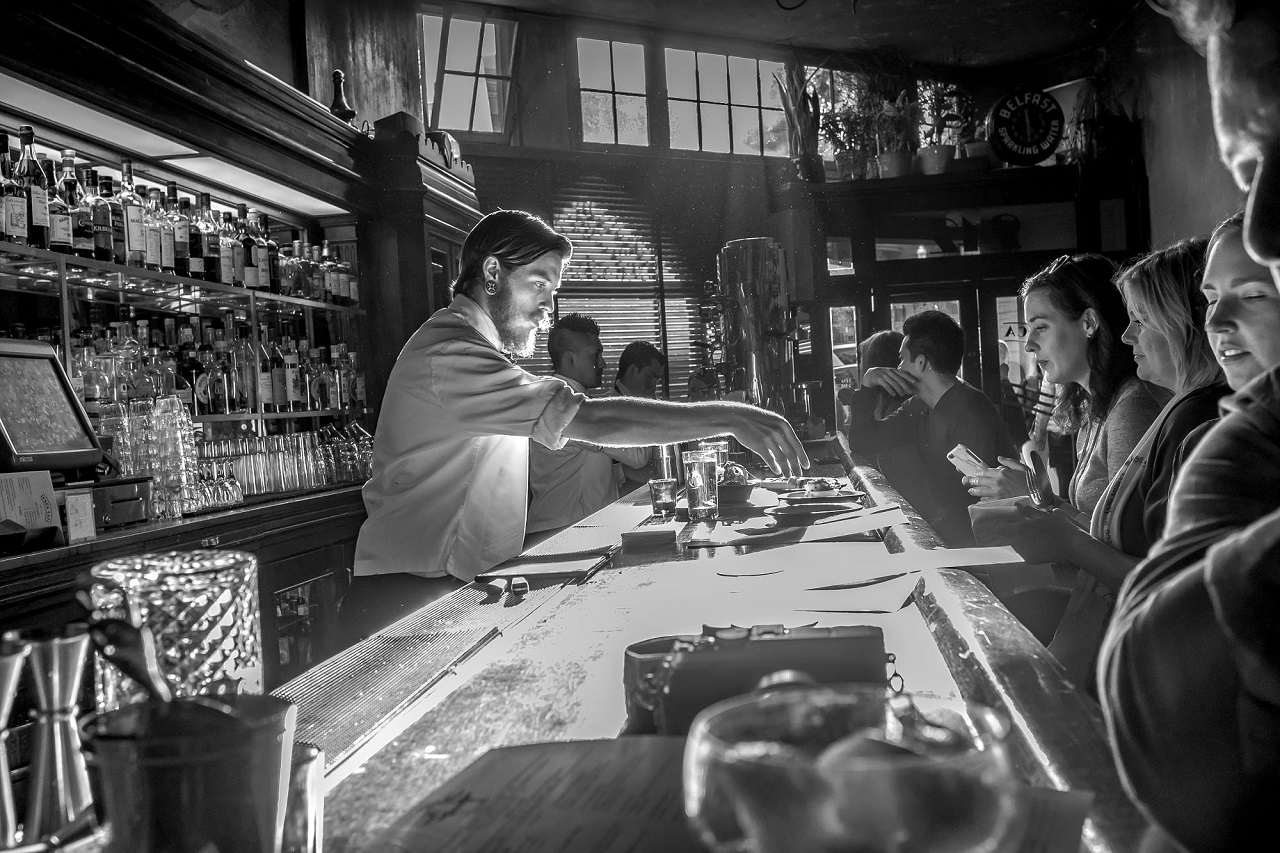 Bartender đòi hỏi bạn phải có chuyên môn và kỹ năng tốt