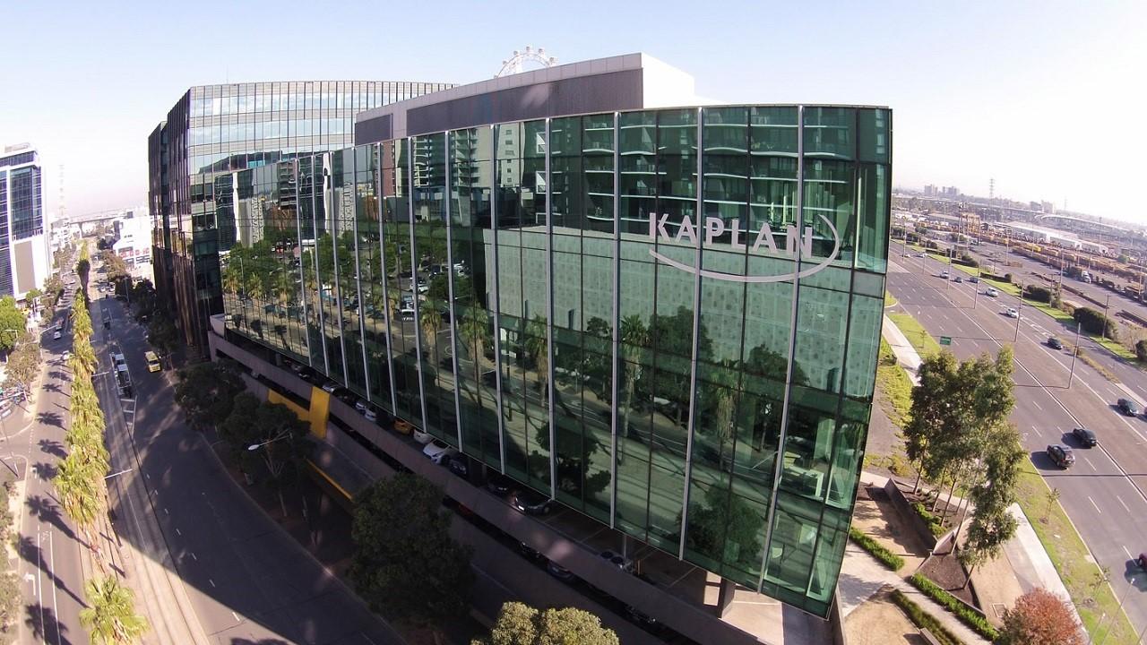 Kaplan Business School là một trong những trường Kinh doanh uy tín tại Úc