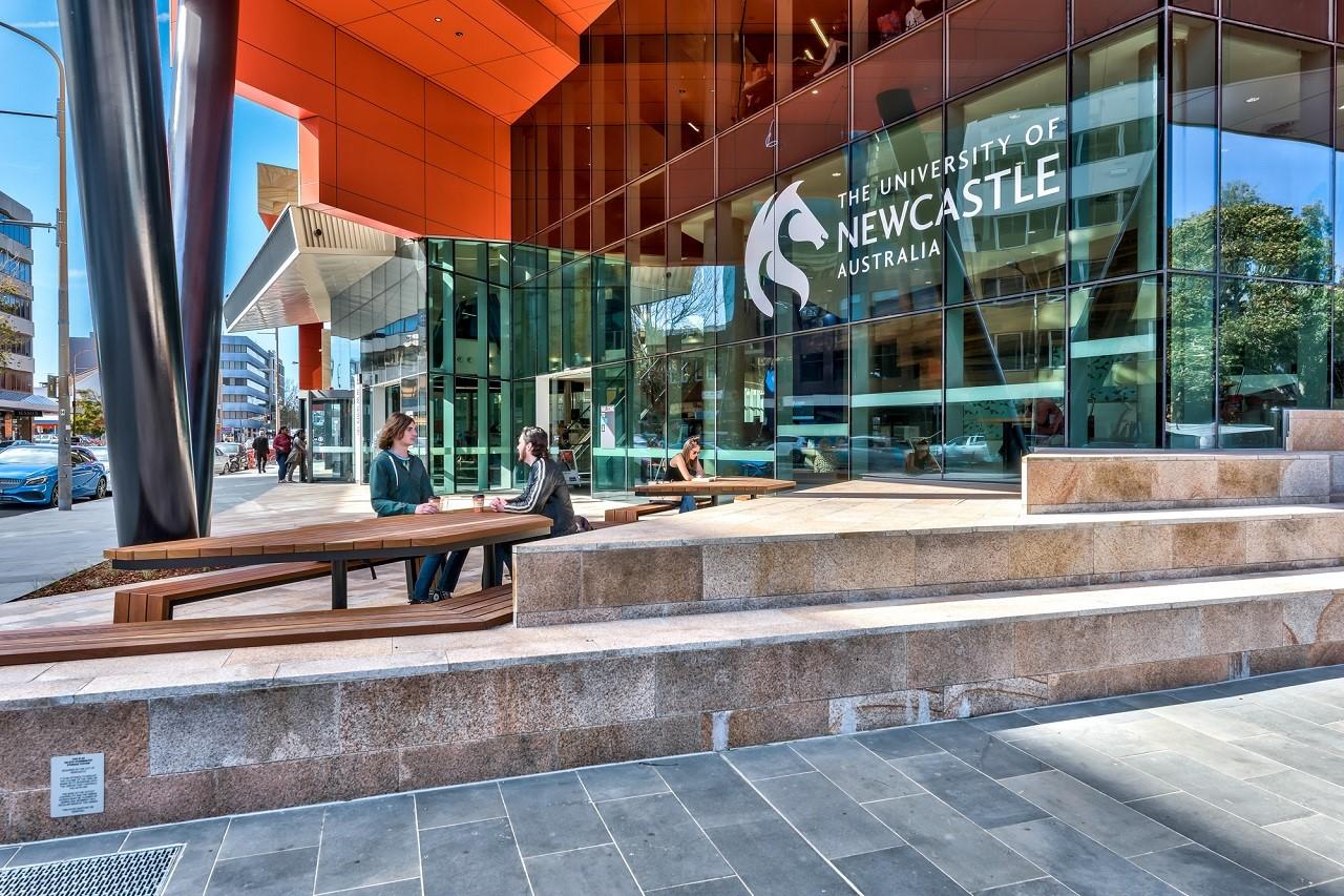 Đại học Newcastle thuộc top 10 tại Úc về danh tiếng giáo dục