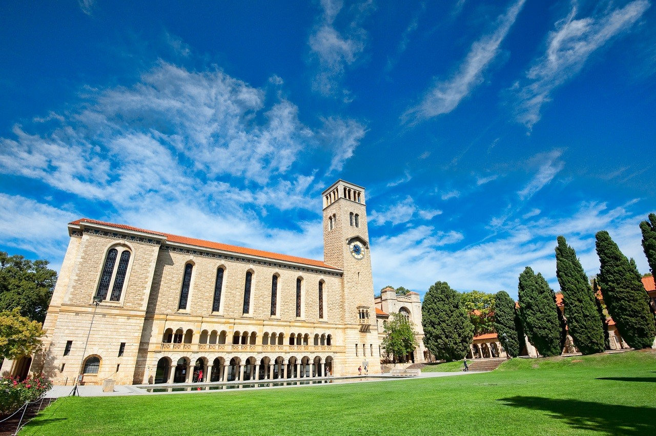 đại học Úc