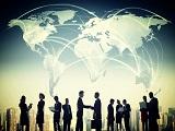 Học tập tại Đại học Jonkoping, làm việc với các doanh nghiệp khắp thế giới