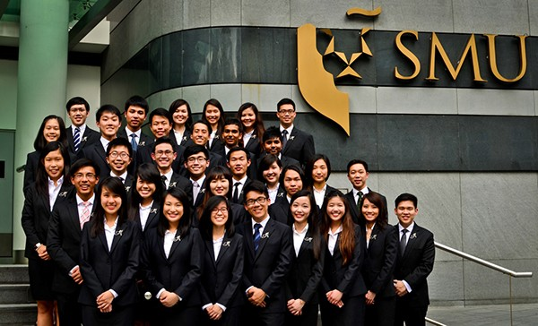 du-hoc-dai-hoc-cong-lap-singapore-smu