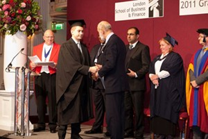 Du học Anh khóa ACCA nhận bằng Đại học và Thạc sỹ với 300 triệu