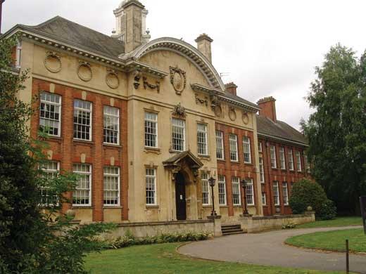 Học bổng du học Anh - ĐH Northampton & cơ hội học bổng lên đến 25% học phí