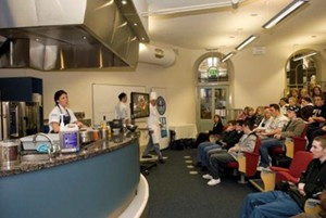 guest-chef-in-kichen-lecture-theatre
