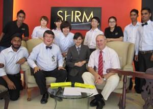 Du học Singapore ngành Du lịch khách sạn – Rinh ngay IPAD