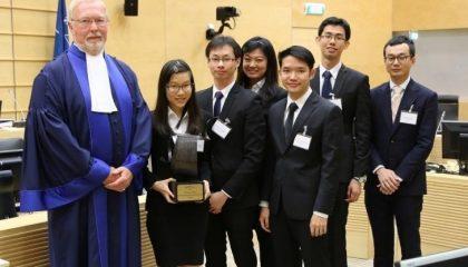 Sinh viên luật SMU