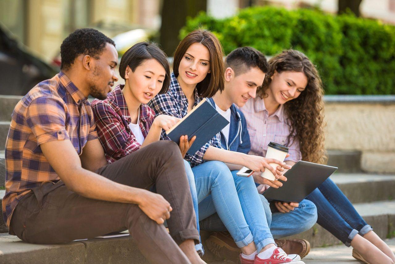 Bạn cần chuẩn bị gì để thỏa mãn điều kiện du học Canada 2021?
