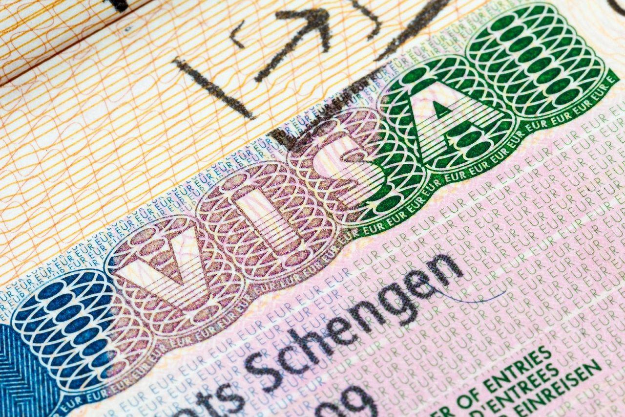 04-04-20-hot-nhl-stenden-gia-han-deadline-dang-ky-nhap-hoc-va-xin-hoc-bong-2020-3