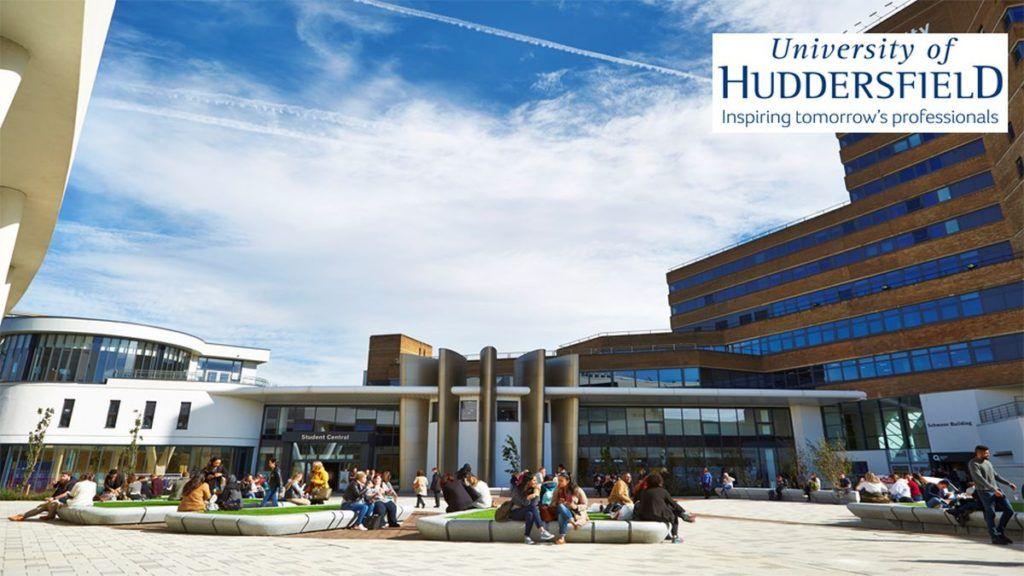 Đại học Huddersfield vẫn đang xét hồ sơ cho kỳ tháng 9/2020 với chương trình học bổng lên đến 24.000 GBP