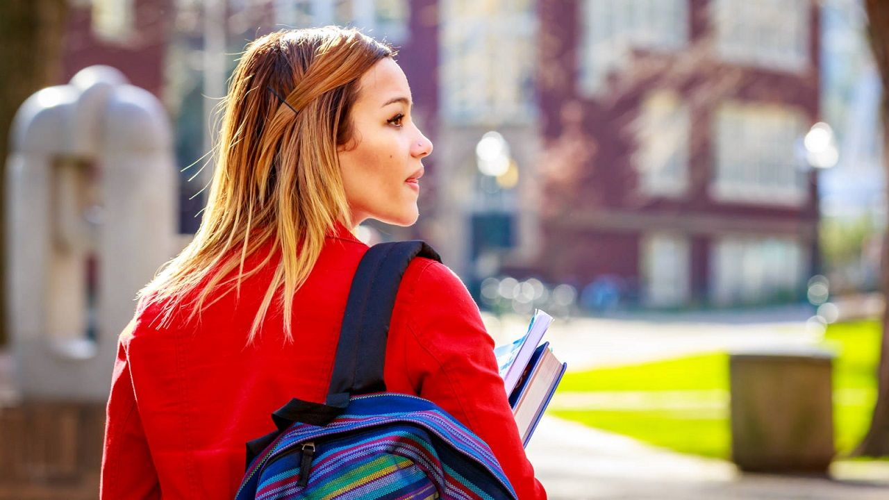 Bạn đang băn khoăn điều gì khi nghĩ về du học trong thời điểm này?