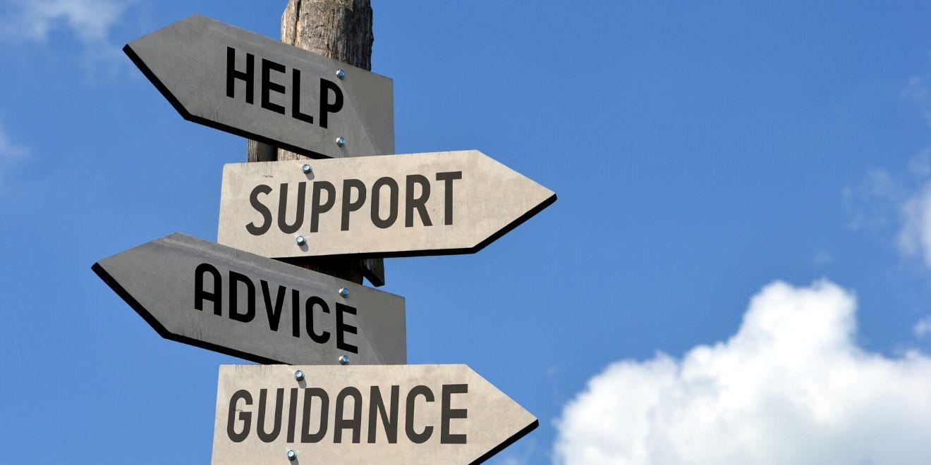 Học sinh được giảng viên và nhân viên của chương trình hỗ trợ tận tình các vấn đề về học tập, định hướng nghề nghiệp, thích nghi với cuộc sống du học...