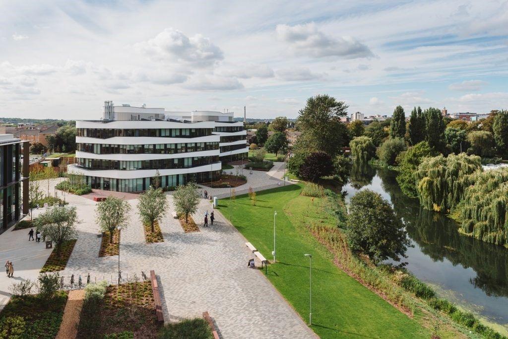 Khuôn viên Đại học Northampton ở Waterside