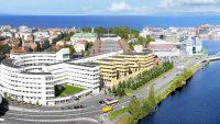 Đại học Jonkoping là một trong số ít trường tại Thụy Điển được chính phủ lựa chọn áp dụng chương trình 2 năm cư trú dành cho sinh viên trường sau khi tốt nghiệp