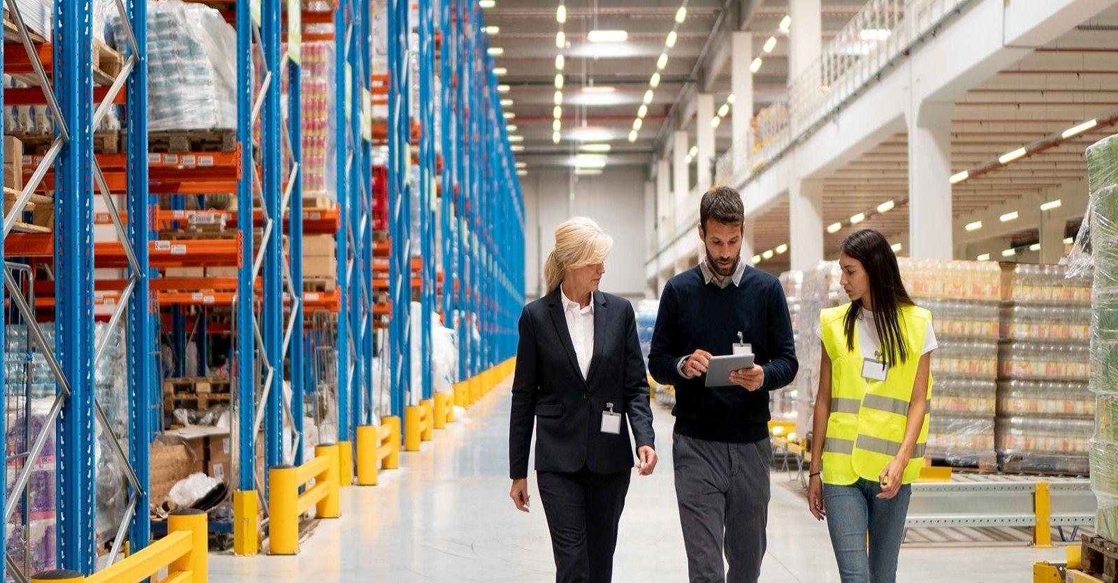Quản lý kho bãi là công việc phổ biến trong ngành logistics và chuỗi cung ứng