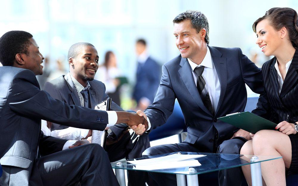 Ngoại ngữ và giao tiếp là hai kỹ năng quan trọng để làm việc thuận lợi trong lĩnh vực quản lý chuỗi cung ứng
