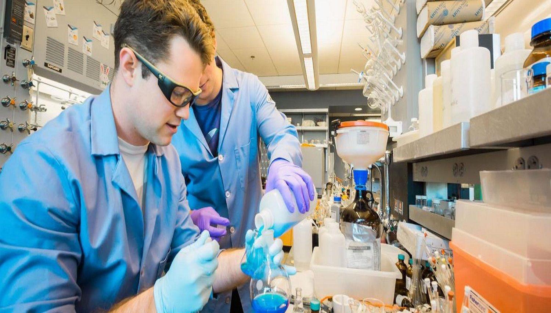 Kỹ thuật hóa học là 1 trong 2 nội dung đào tạo chính của chương trình cử nhân công nghệ chế biến và thực phẩm tại Đại học KHUD The Hague