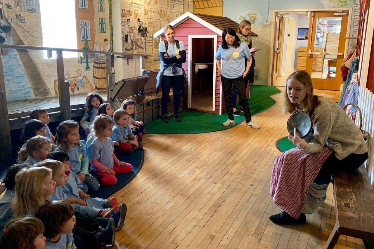 Sinh viên được đến thăm các trường mẫu giáo tại Thụy Điển