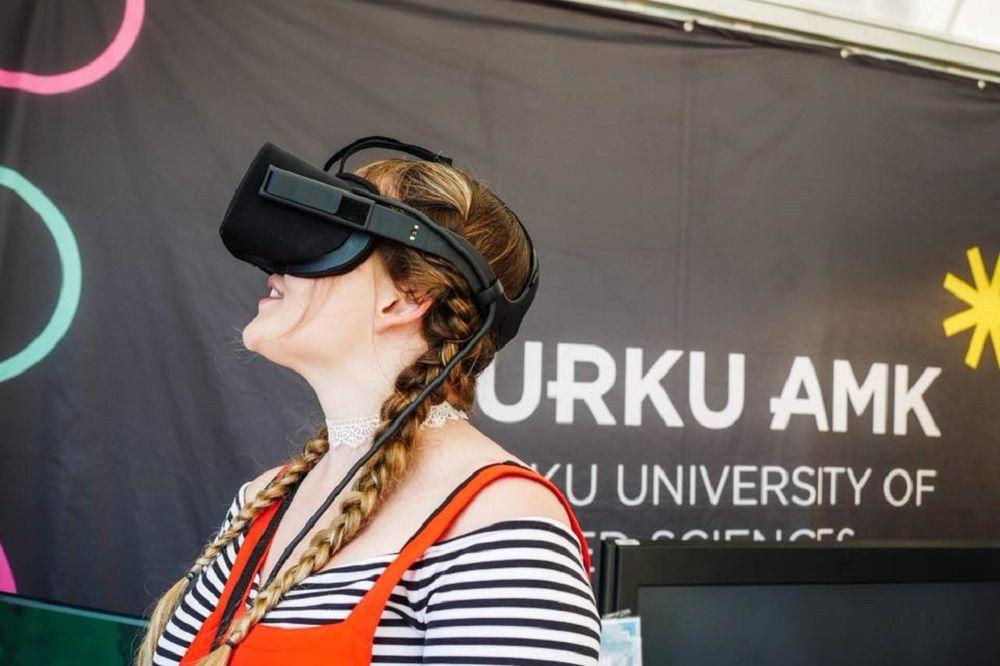 Sinh viên Đại học KHUD Turku học tập với công nghệ cao