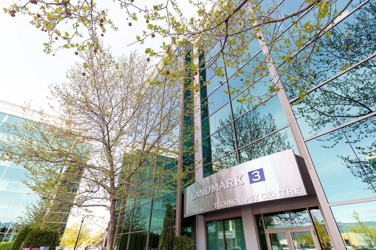 Trung tâm đào tạo nghệ thuật và công nghệ CAT nằm trong tòa nhà Landmark Centre tại thành phố Kelowna, Canada