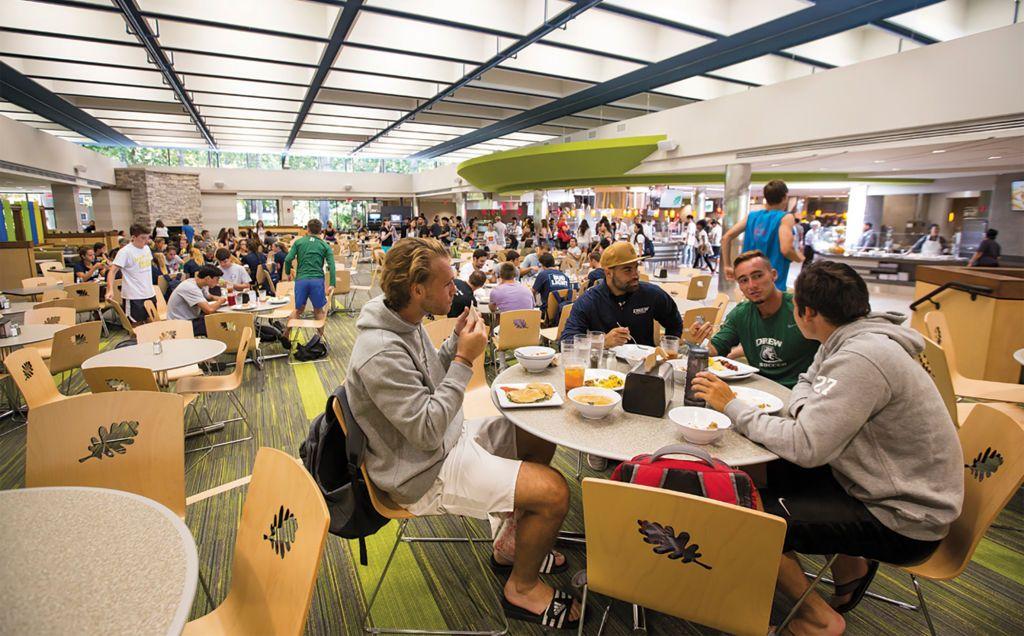 Khu vực nhà ăn của Đại học Drew