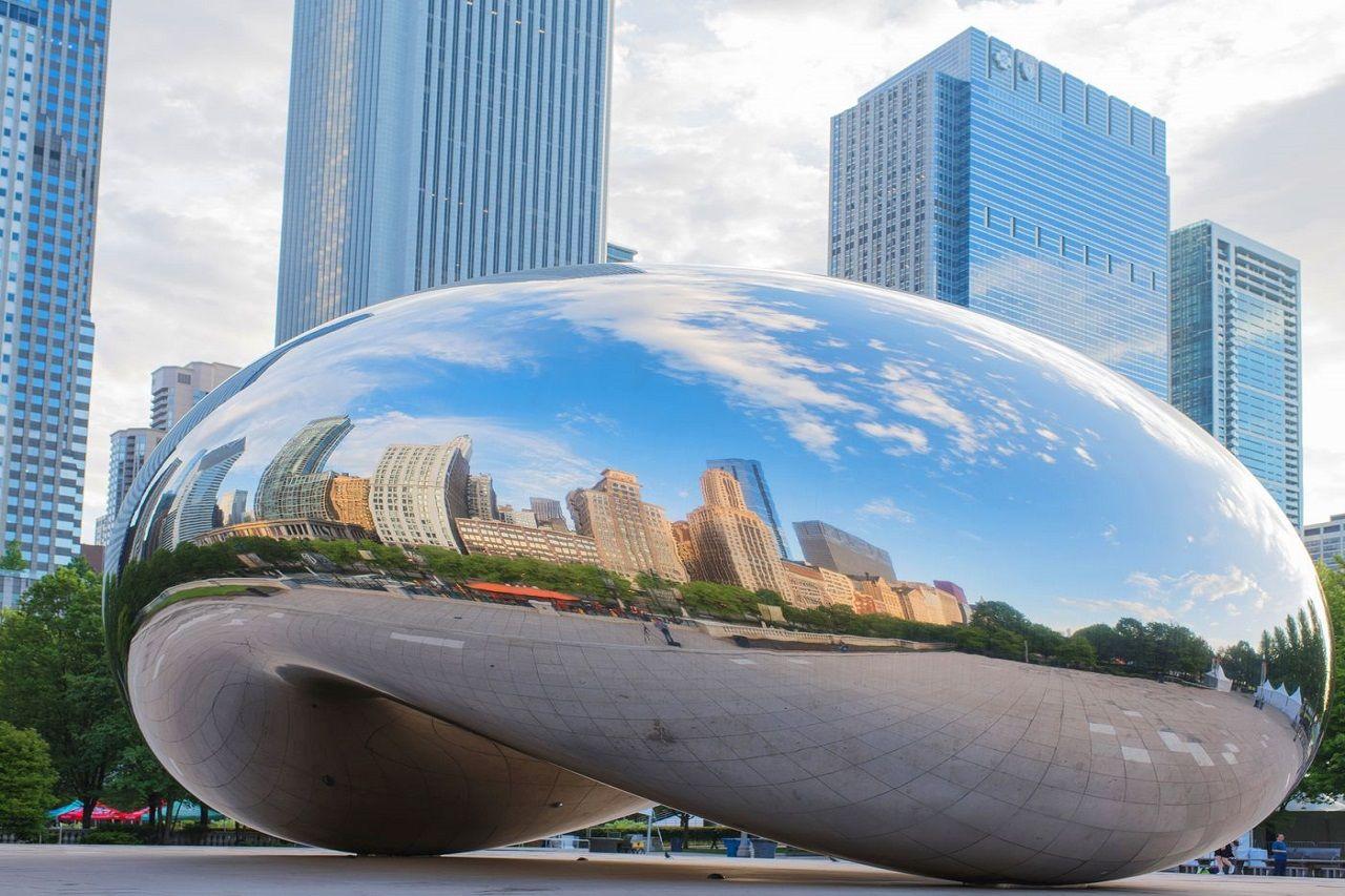 Công trình Cloud Gate đôc đáo của thành phố Chicago