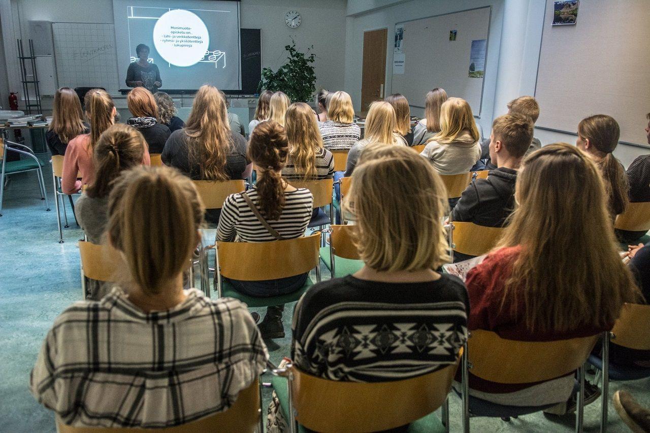 Quy mô lớp học nhỏ, tăng tính tương tác trong giờ học tại Đại học KHUD Centria