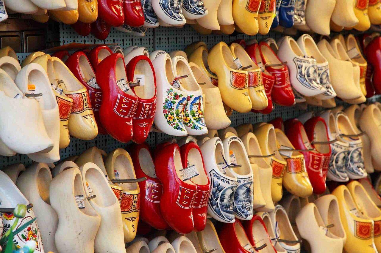 Giày gỗ là biểu tượng văn hóa của Hà Lan