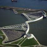 Công trình rào chắn ngăn lũ tự động Maeslantkering của Hà Lan